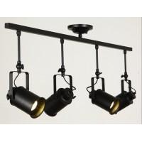 Потолочный светильник на 4 лампы