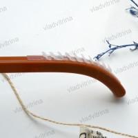 Вешалка (плечики) пластиковые с силиконовыми рёбрами